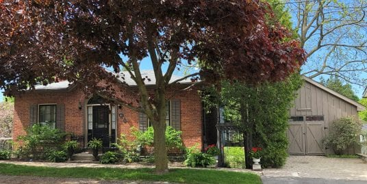 RARE – 1853 RESTORED BRICK ONTARIO COTTAGE