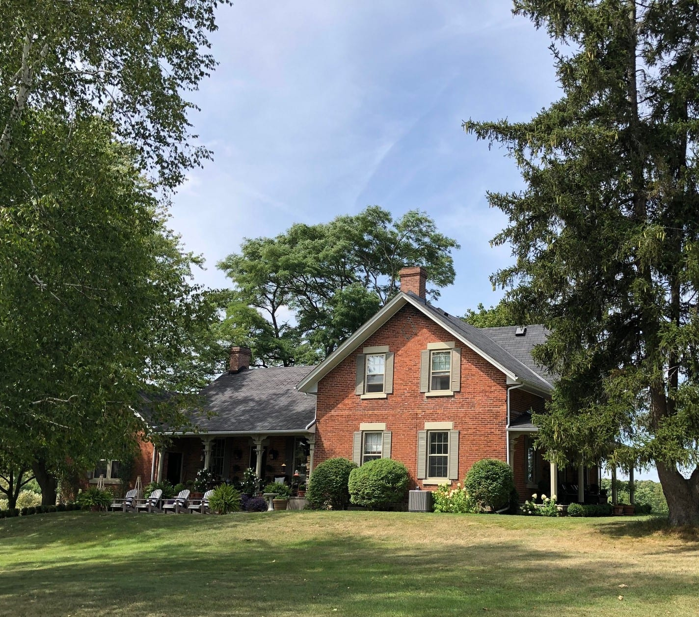 Classic 1858 Farmhouse , Elegantly Merges with Contemporary Design